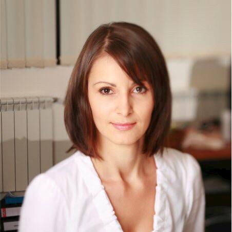 Диана Караиванова